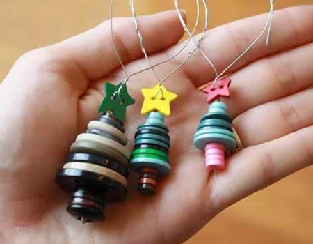 Lavoretti Di Natale Con I Bottoni.Addobbi Natalizi Alberi Di Natale Con Bottoni